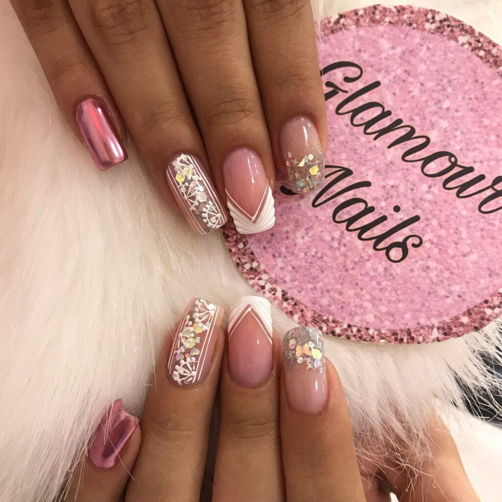 Esmaltes de uñas semipermanentes  profesionales