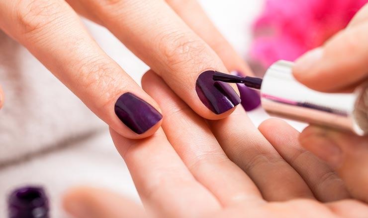 Esmaltes de uñas semipermanentes opi