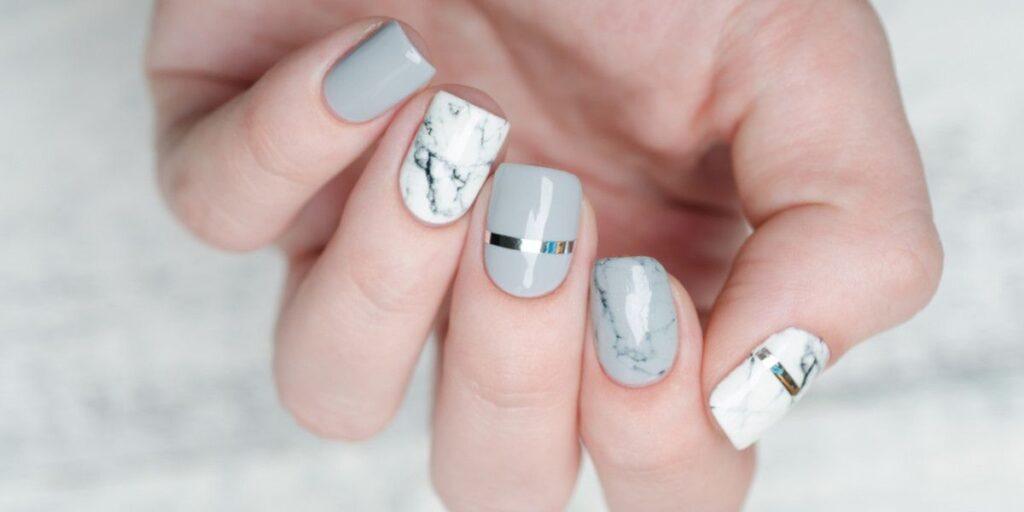 Imagenes de uñas acrílicas cortas