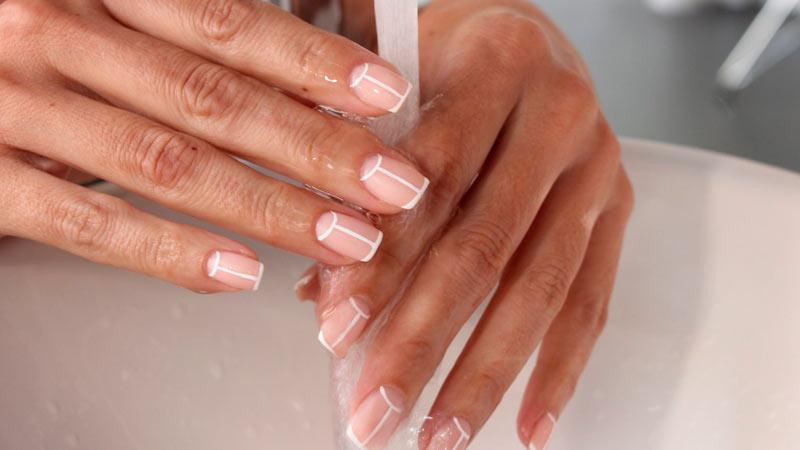Que se necesita para hacer las uñas semipermanentes