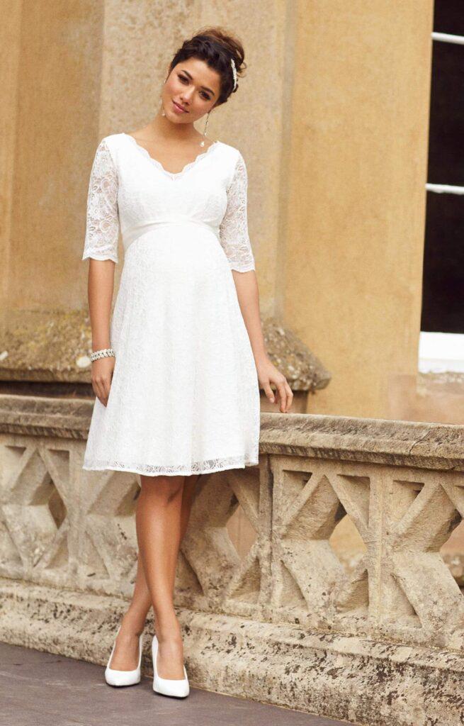 Wedding dresses  short  girl