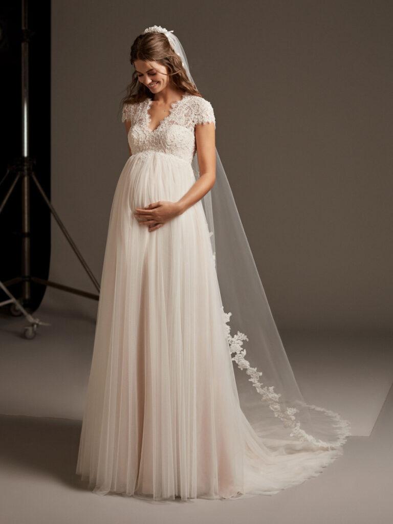 Wedding dresses pregnant brides
